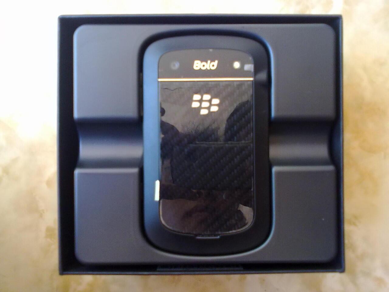 Blackberry 9900 Dakota TAM Surabaya [bu]