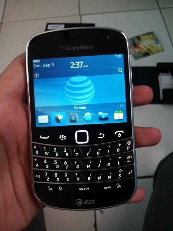 WTS BB/Blackberry DAKOTA like NEW