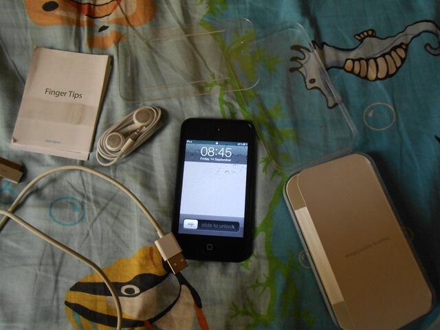 jual cepat ipod touch 4 (32 GB) bandung