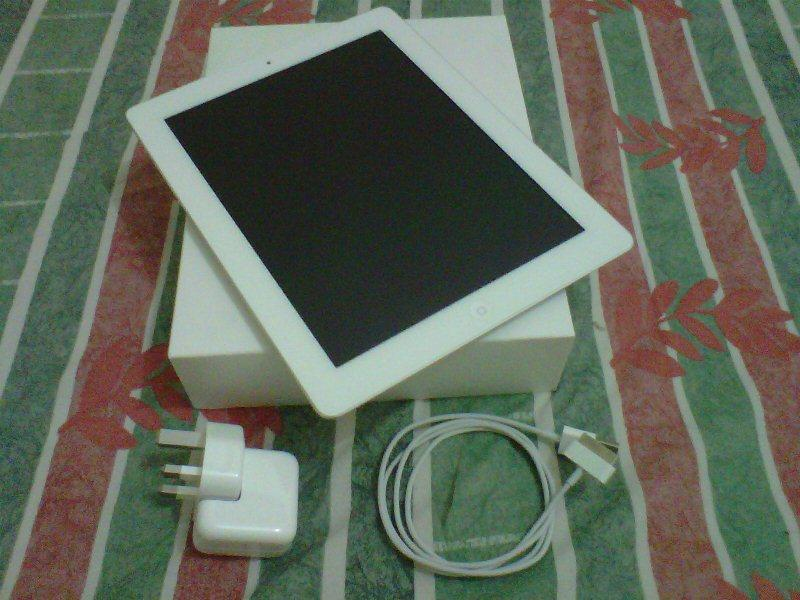 JUAL IPAD 3 16 GB WiFi, 2nd, warranty until May 13, 4.5JT