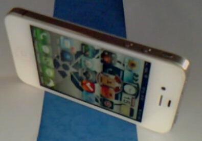 White iPhone 4 16GB Factory Unlocked