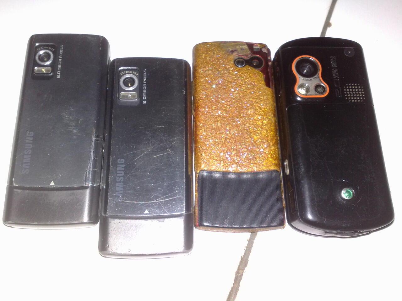 Nokia 7610, Sony Ericsson / Soner W900, 2 Samsung L700 apa adanya