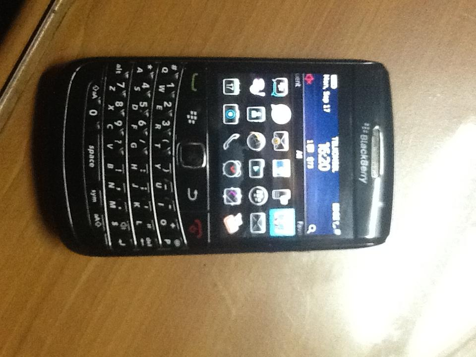 Blackberry 9780 onyx 2 black ex.TAM