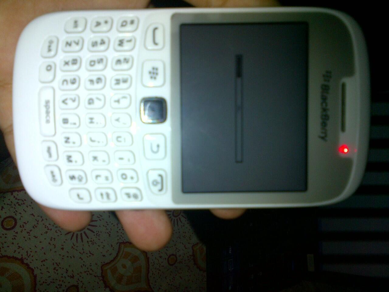 blackberry davis 9220 white blm ada 1bln pke, gansi ss, gress 98%