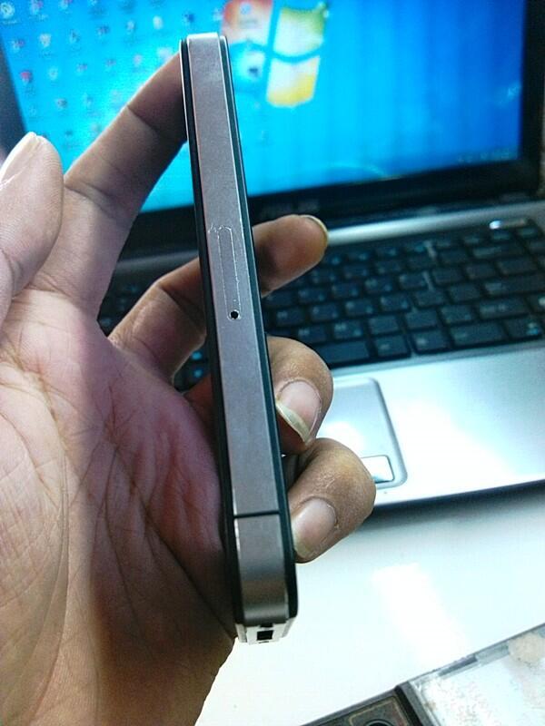 JUAL IPHONE 4G 32GB FU...MULUS DAN MURAH