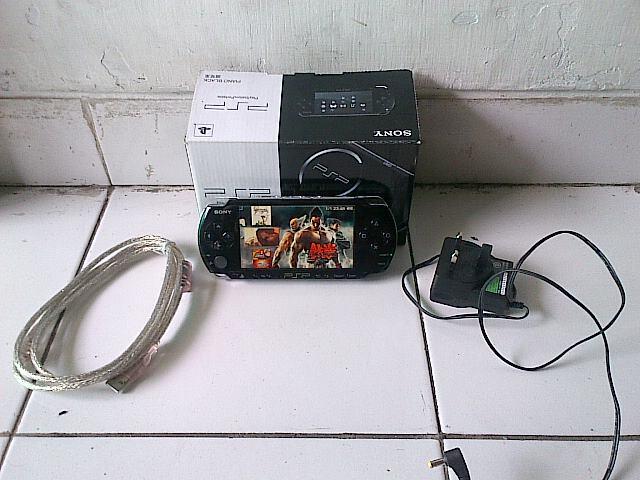 PSP SLIM 3000 BLACK 16GB FULL GAME(MULUS LIKE NEW BARU 2 BULAN PAKAI