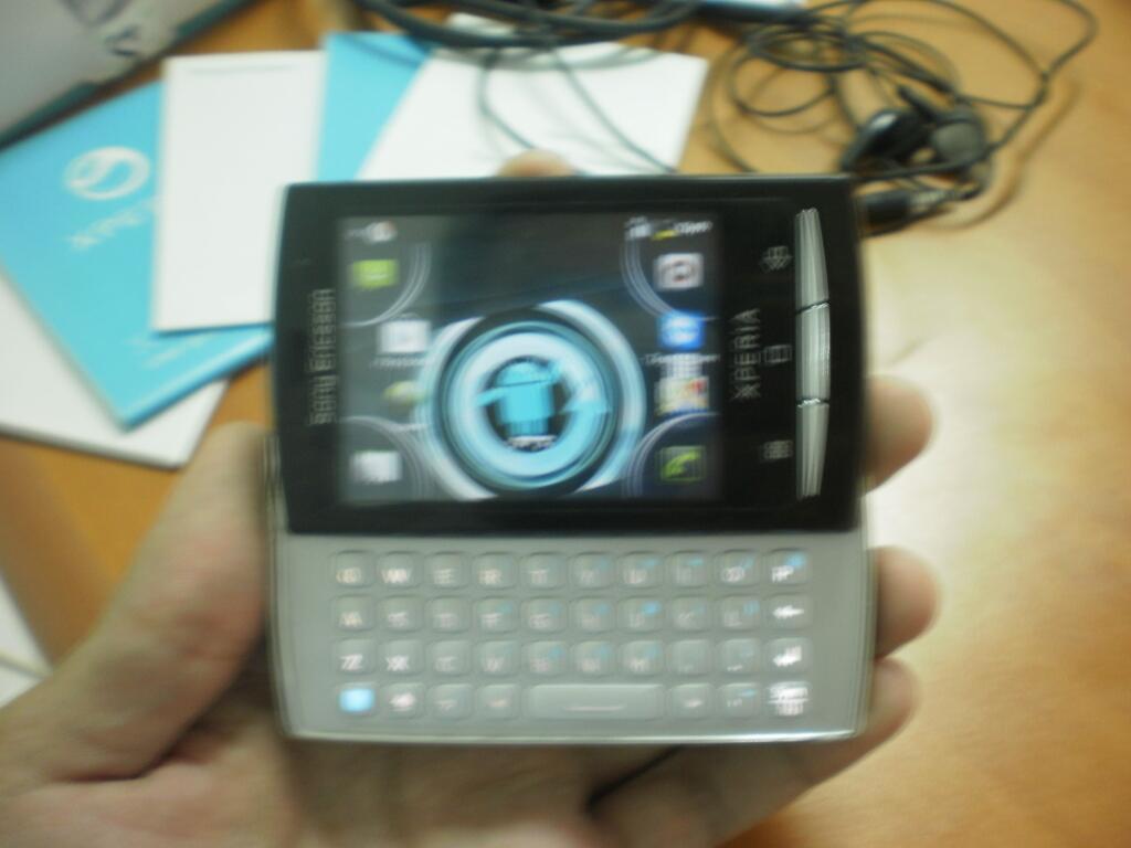 Sony Ericsson Xperia X10 Mini Pro (Fullset) udah Gingerbread