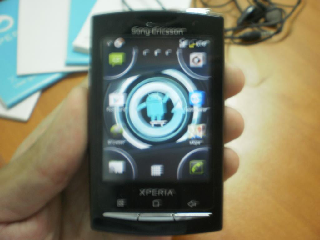 Sony Ericsson Xperia X10 Mini Pro (Fullset) udah Gingerbread