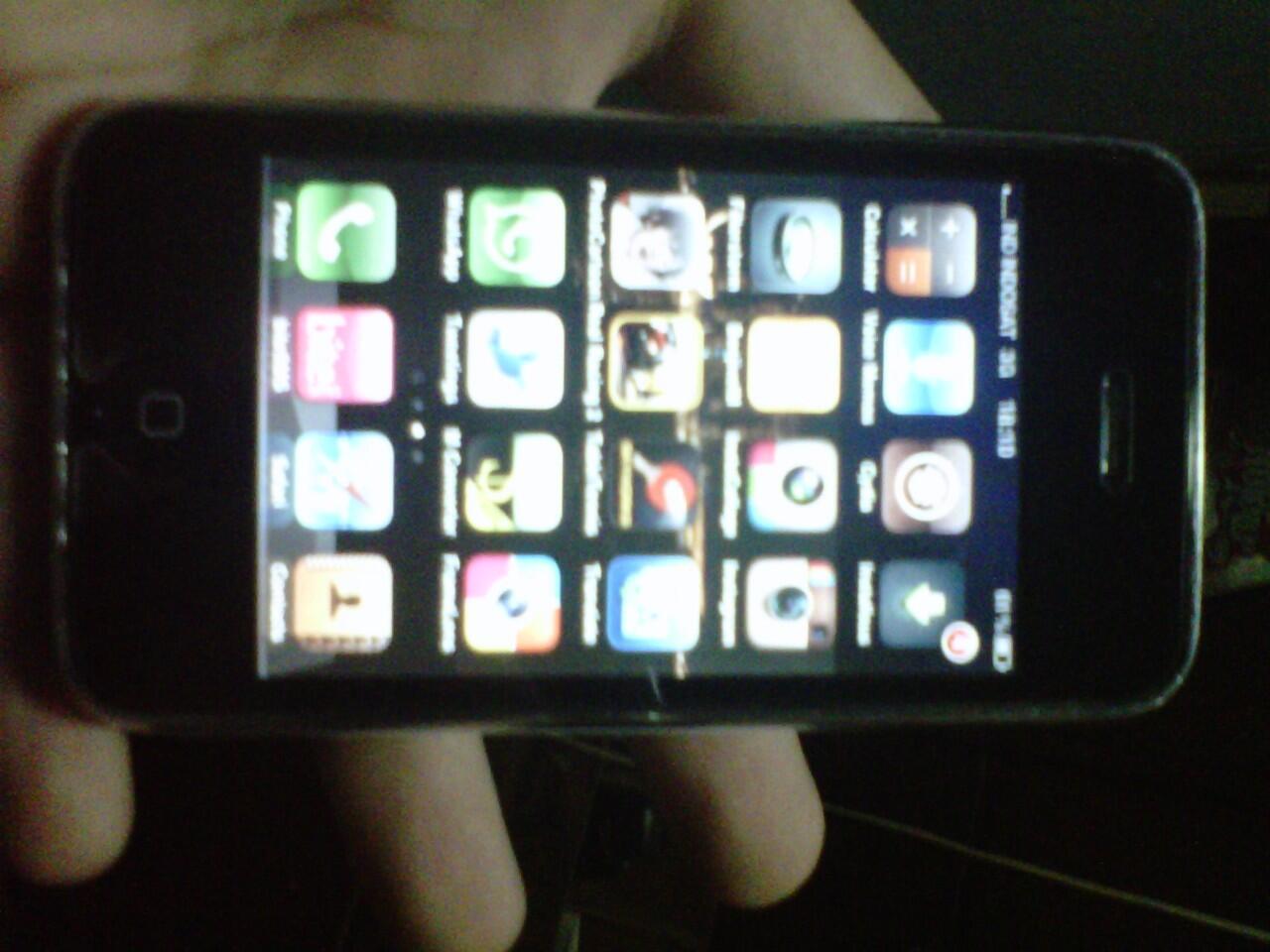 Iphone 3G 16 GB OS 4.2.1 Jailbreak