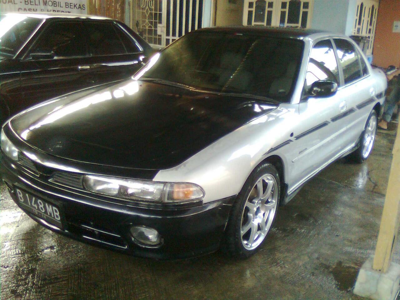 MITSUBISHI GALANT V6 A/T 1993 SILVER.... MBL CAKEP
