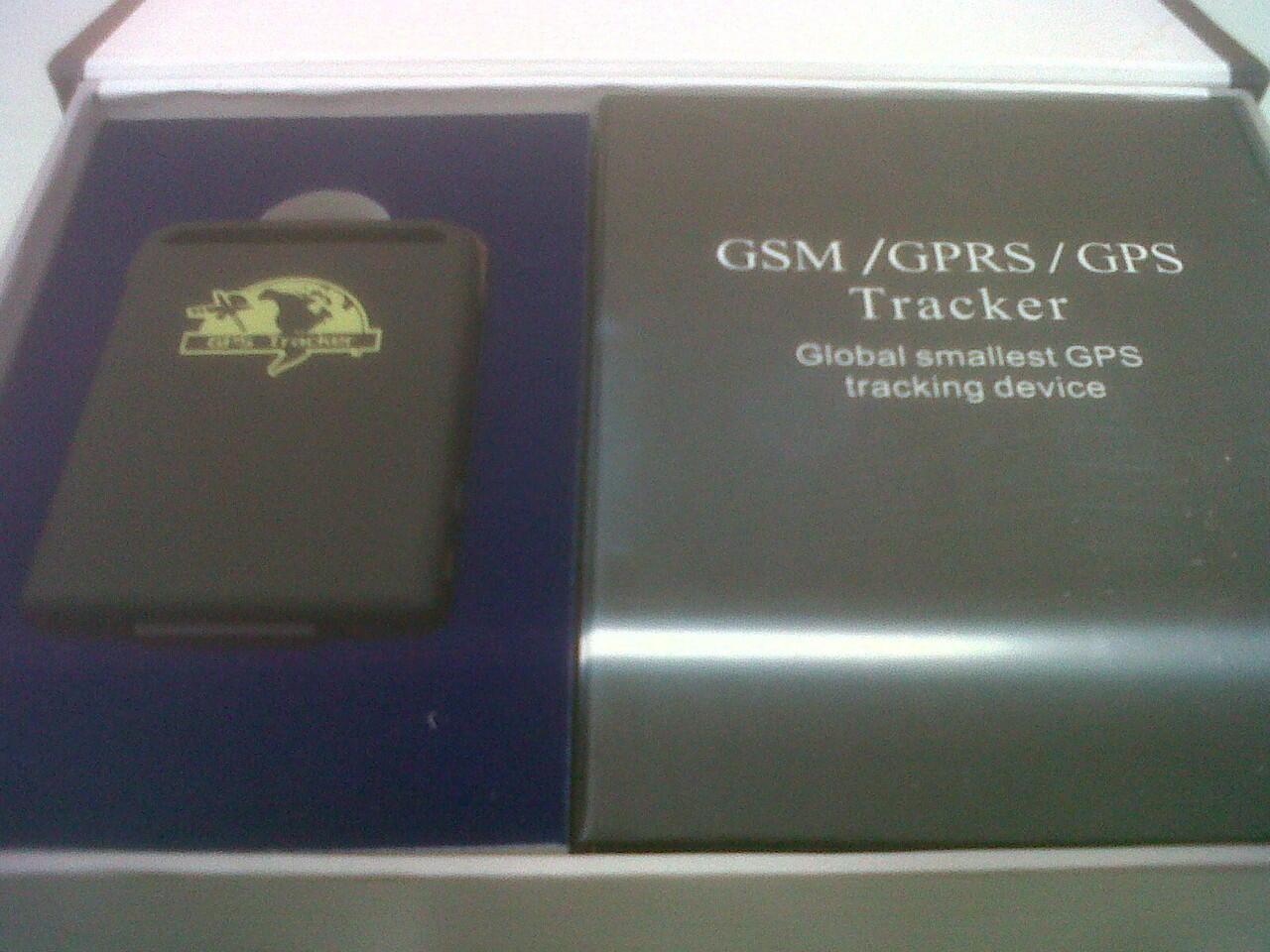 Mini GPS- GPS tracker mobil yang bisa di pindah2