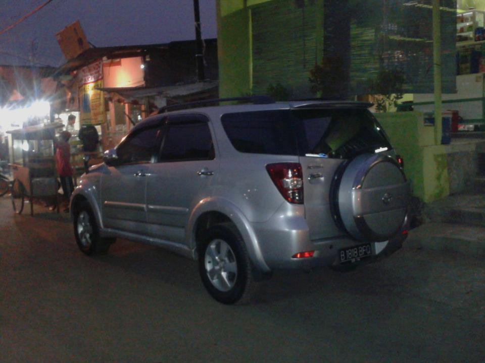 Toyota Rush S TH'09 [BUTUH UANG]