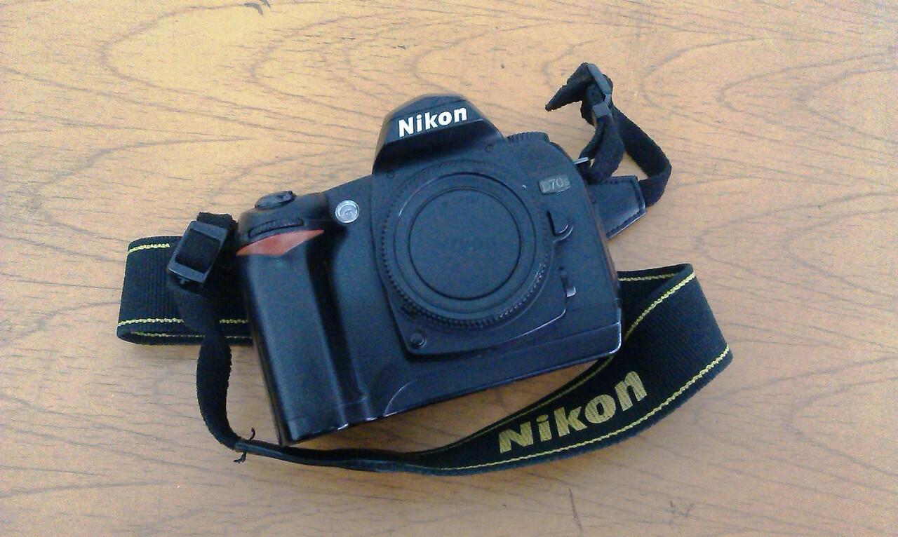 WTS: Nikon D70s IR Harlim V5 (Bandung)