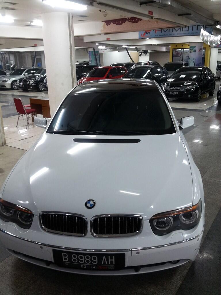 BMW 735 IL   Tahun 2002