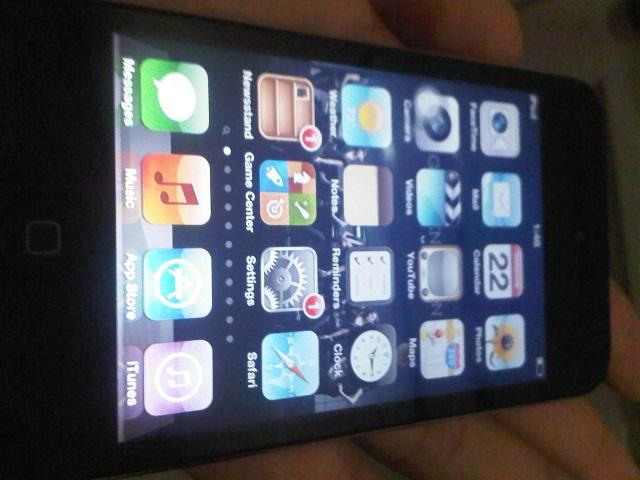 IPOD Touch 4G 32GB Black Grs sampai 23 Nov'12