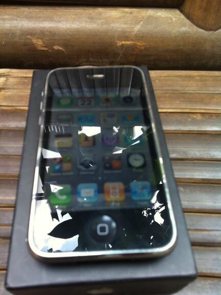 iphone 3gs 8gb FU jogja / yogya