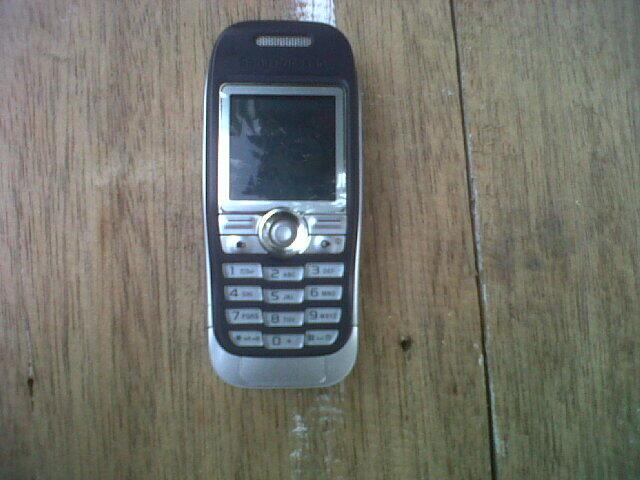 Sony Ericsson J300i [Batangan]
