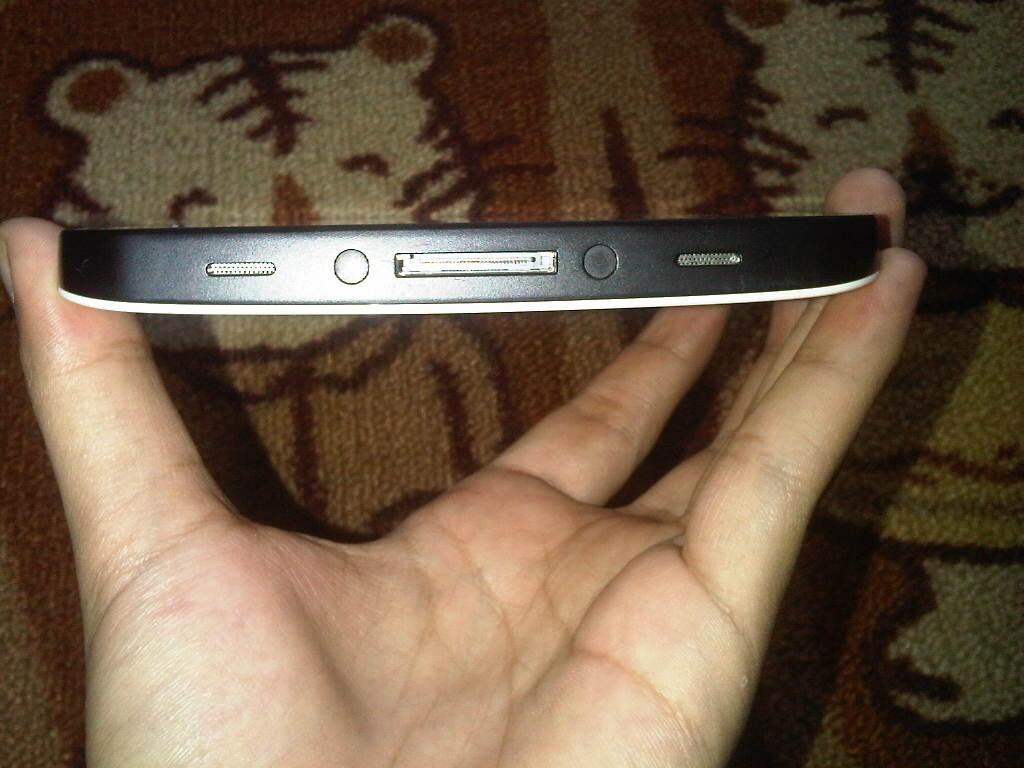 WTS Samsung Galaxy Tab GT-P1010 (WiFi) ISTIMEWA + BONUS (COD Bandung)