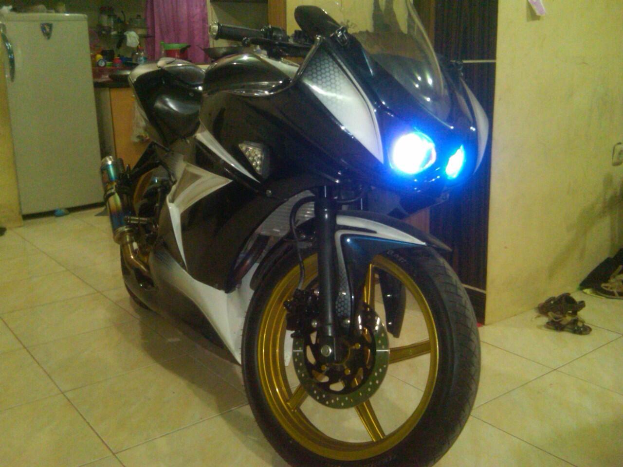 Cari Jual Motor Yamaha Vixion Tahun 2011 Modifikasi Model Mucati