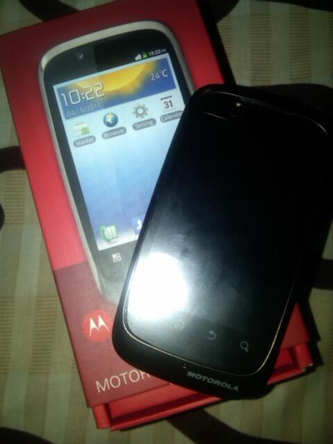hp android Motorola XT530 jogja yogya