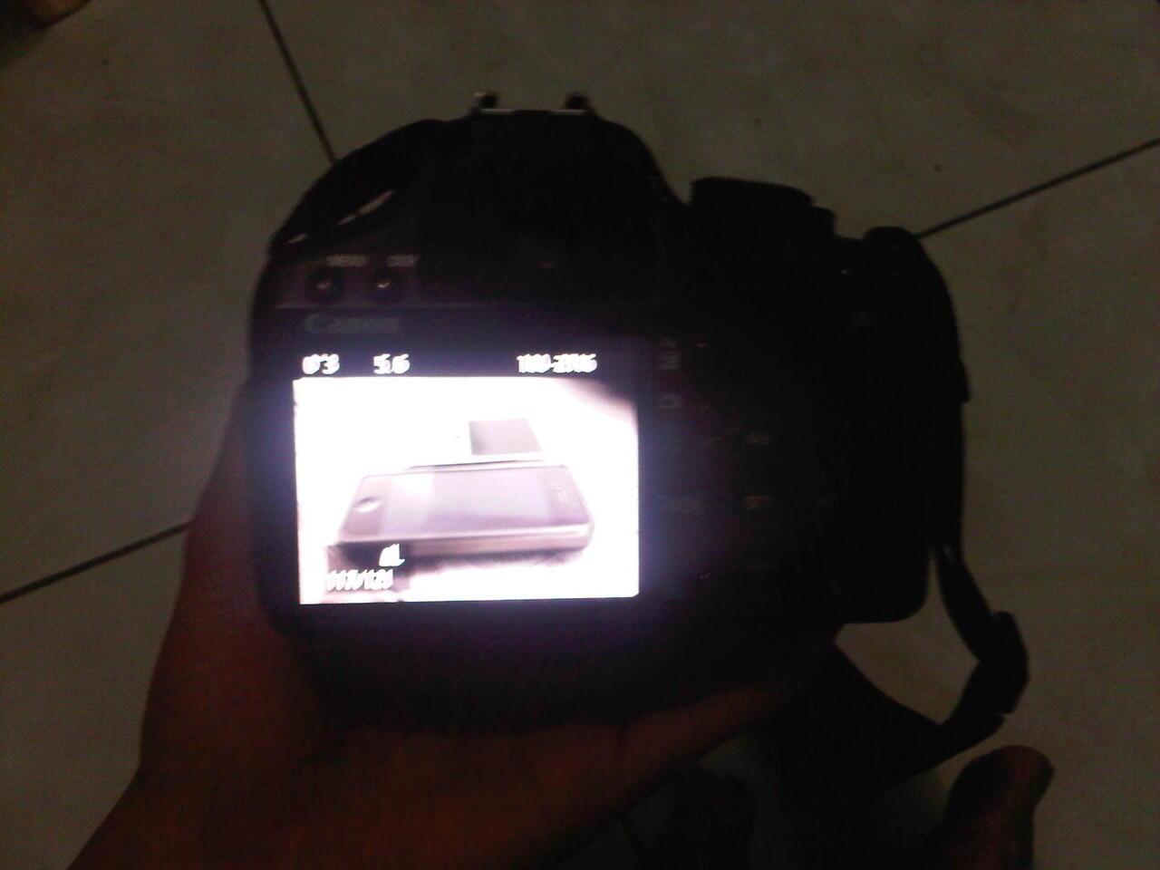 CANON EOS 500D + Lensa kit 18-55mm. JAKARTA !!!