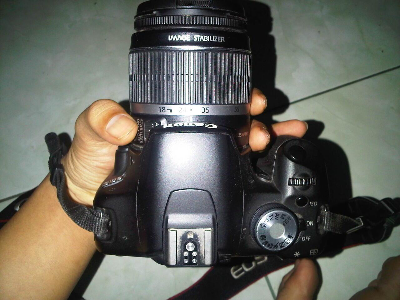CANON EOS 500D + Lensa kit 18-55mm. JAKARTA !!