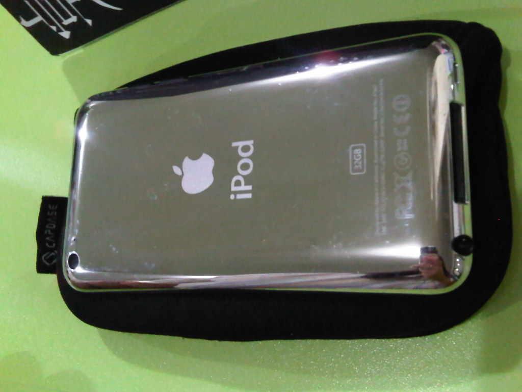 I Pod touch 4th 32Gb - Black, no jailbreak