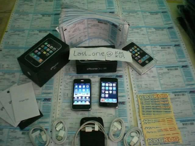 IPHONE 3G 32GB. HRG/IDR: 3,000,000 JT. CALL/SMS:0823-2427-9978