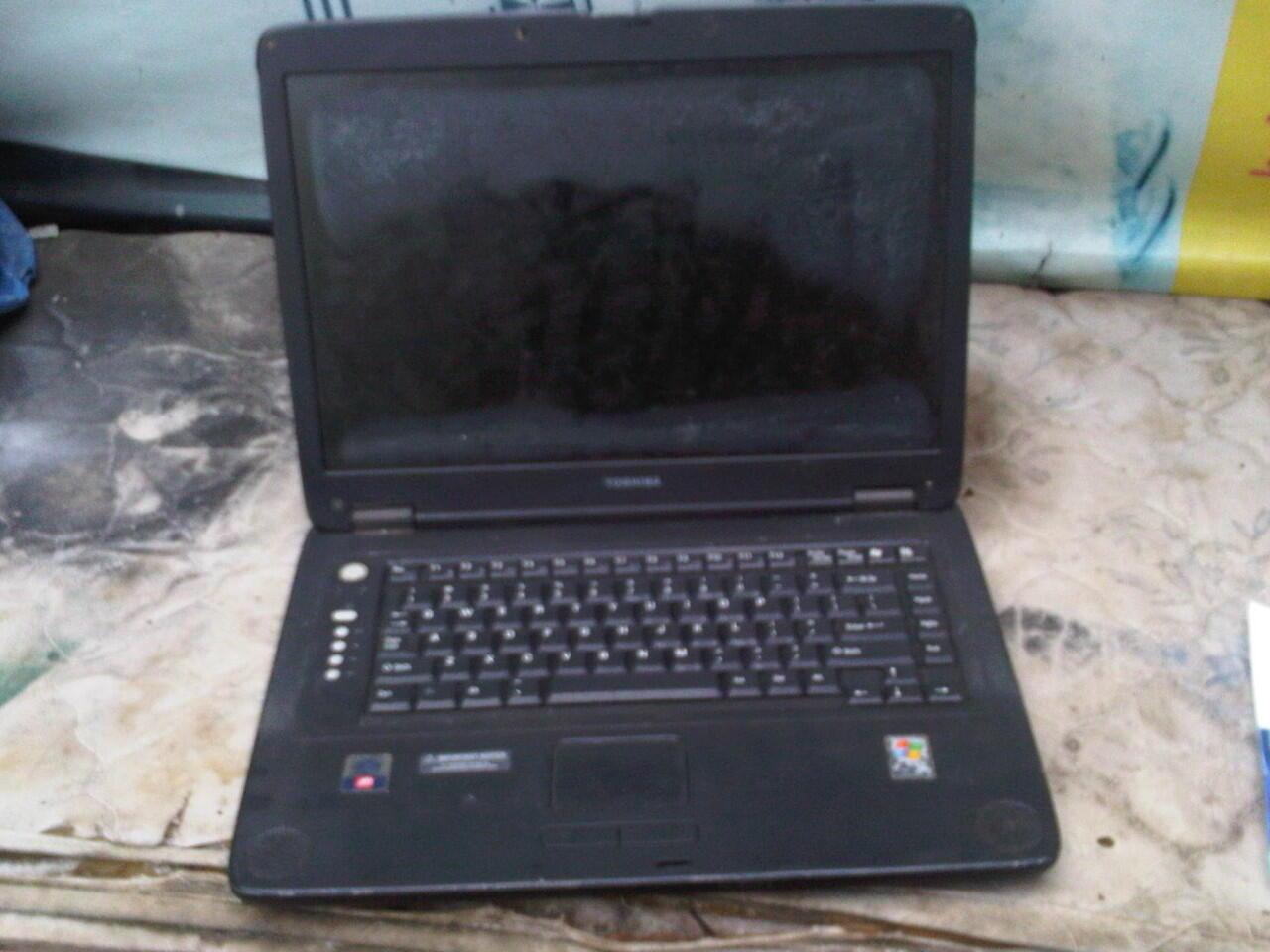 Laptop Toshiba Rusak