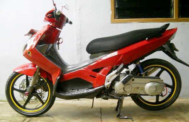FOR SALE YAMAHA NOUVO Z tahun 2005 - murah