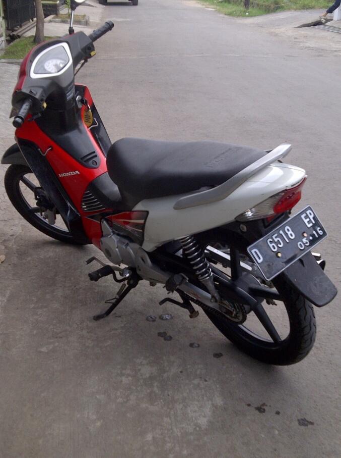 Honda Supra X 125 D 2006 TANGAN PERTAMA