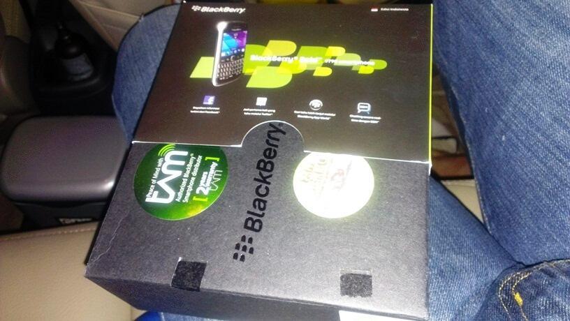 BNIB TAM Blackberry 9790 Bellagio Black / Hitam