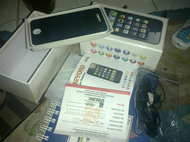 => Beyond B828 [White] <=> iPhone4 Rasa Lokal (Dual Sim) <=