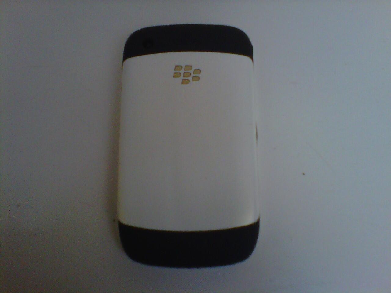bleckberry gemini 8520, muluss white putih masih garansi CTN