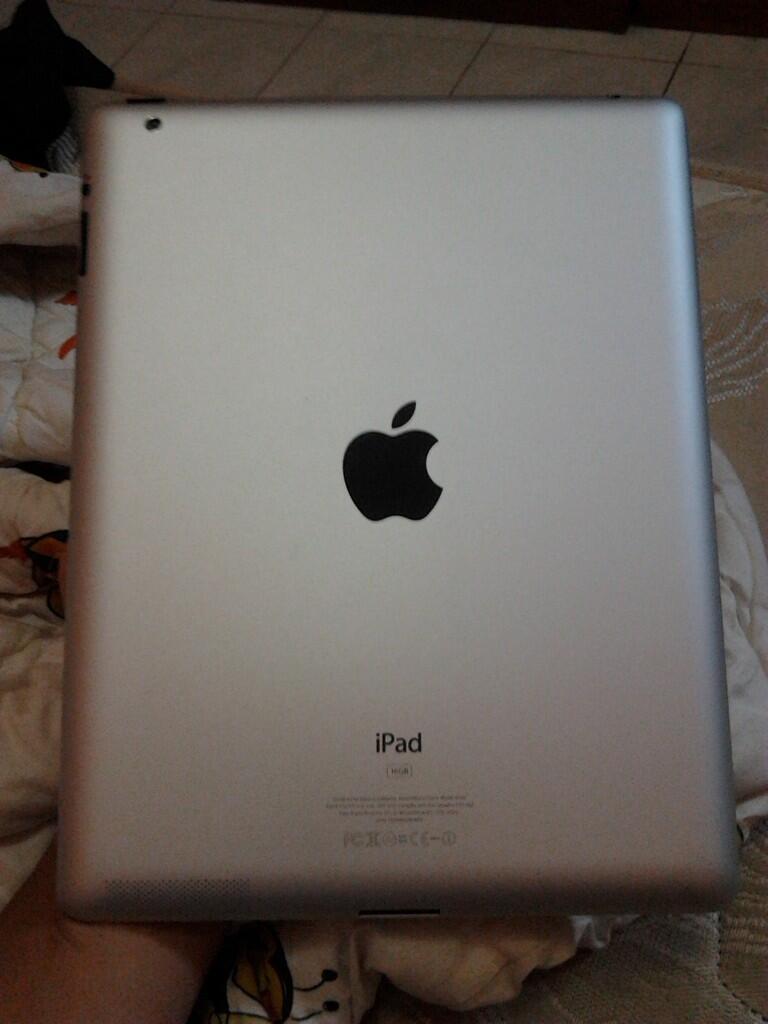 iPad 2 wifi white fullset COD surabaya