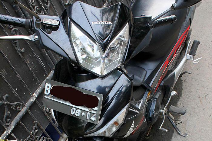 Honda Supra X 125 DD CW th 2009 wana hitam, murah om