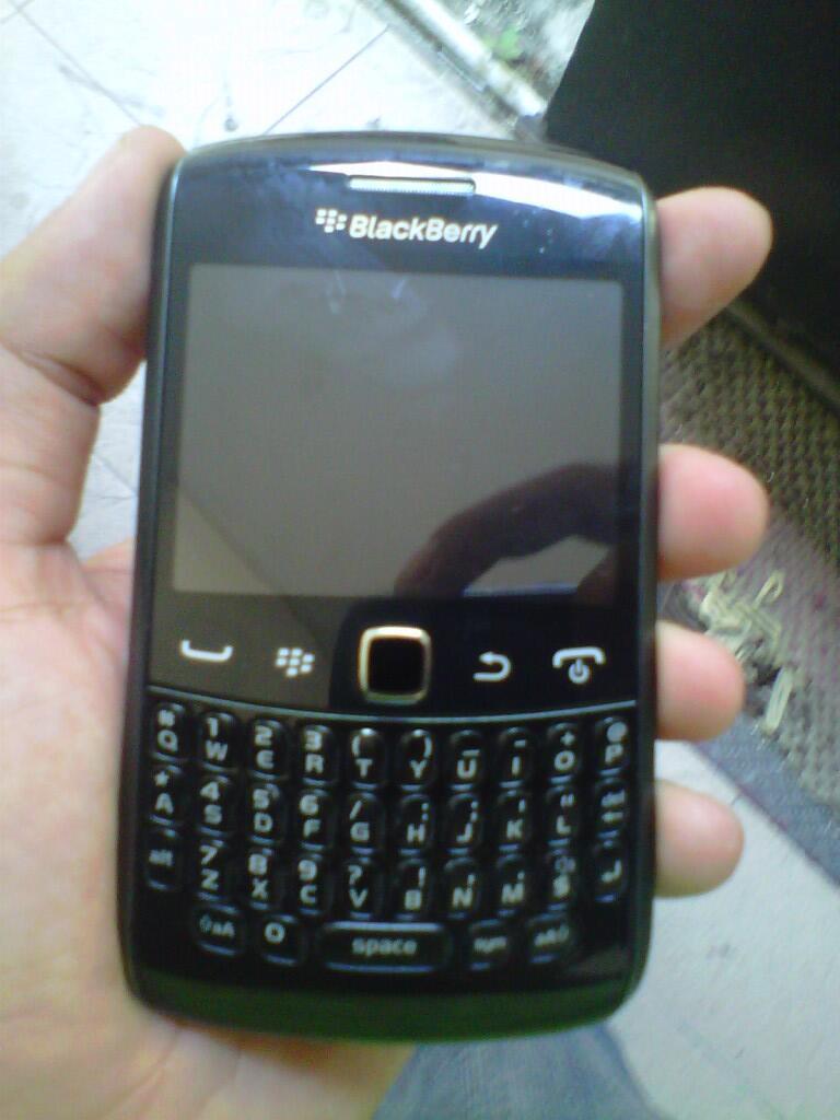 blackberry apollo 9360 jogja/yogyakarta bukan iphone/samsung