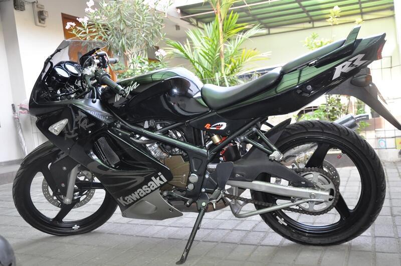 Jual atau Tuker Tambah Kawasaki Ninja RR 2011, mulusssss Bandung