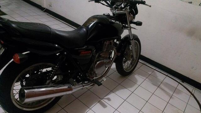 Suzuki Thunder 250 Bandung