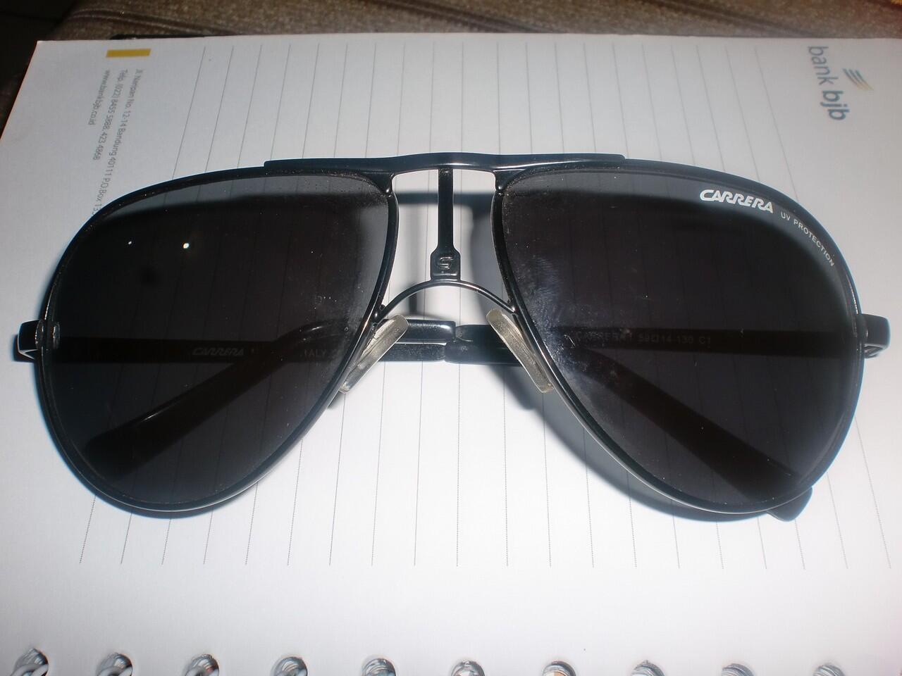 kacamata merk carera