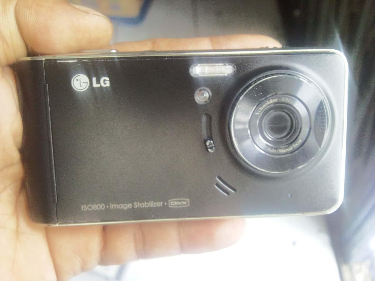 LG KU990R VIEWTY BLACK MULUS