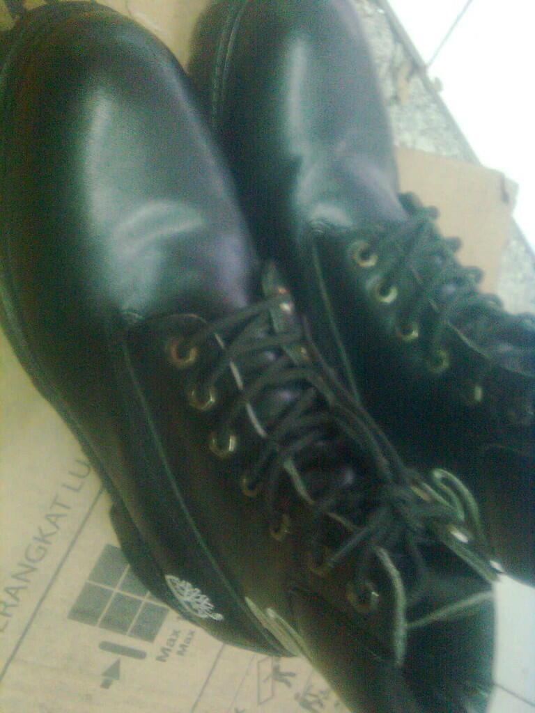 Sepatu Timberland boots dijual sekenn