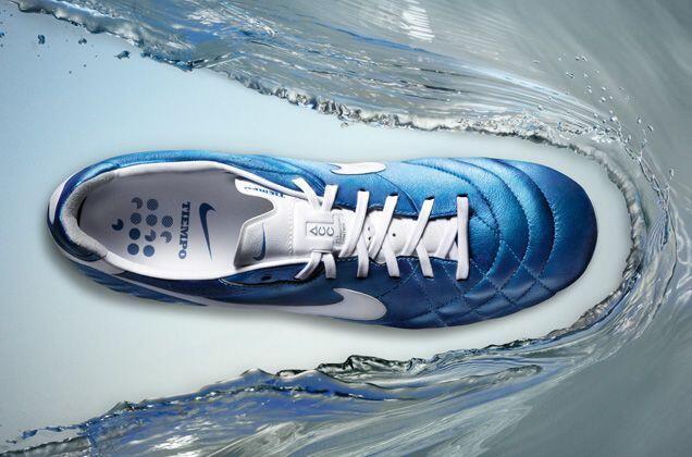 Review Sepatu Bola dan Sepatu Futsal Nike | KASKUS
