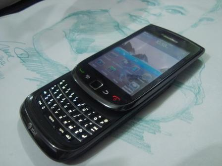bb/blackberry torch 9800, fullset cuma 2,1jt,solo