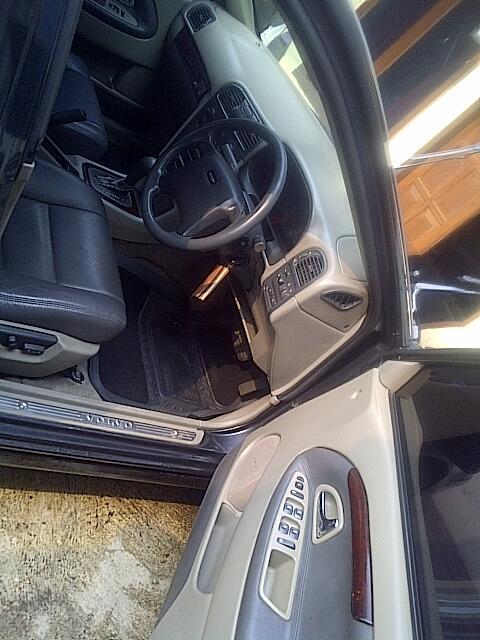 Volvo S 40 AT 2002, black beauty + BBS RC, a/n sendiri