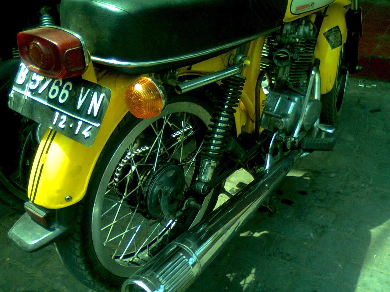 Honda CB 100 Tahun 1980