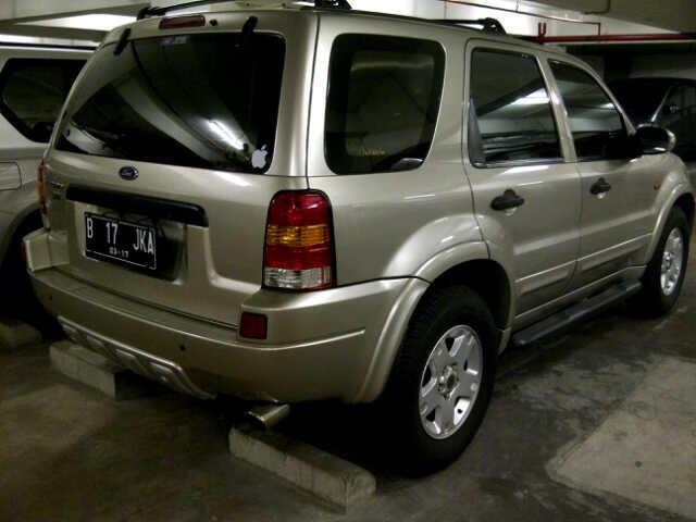dijual ford escape 2006 2.3L AT