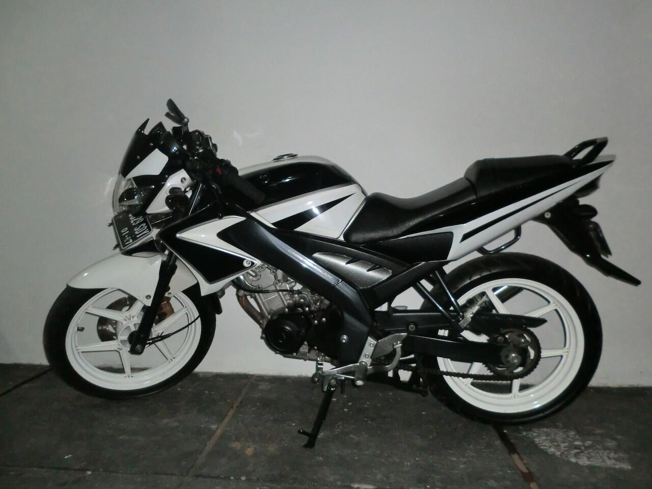 Cari Jual Yamaha Vixion White 2012 KASKUS