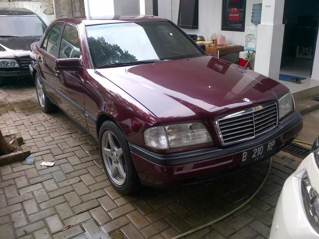 MERCEDES C180 W202 AT 94 MERAH MAROON