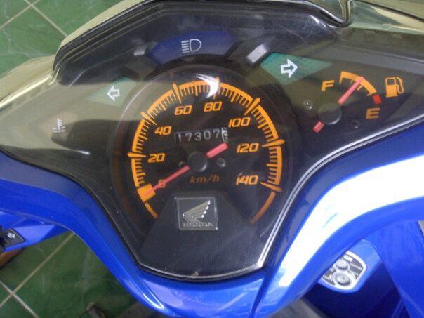 Honda vario cbs biru mulus 2010
